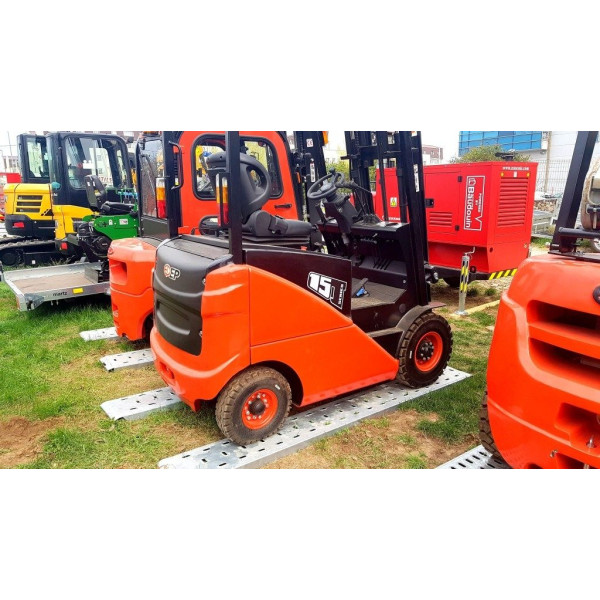 Motostivuitor Diesel Endress Power, CPCD15T8, Greutate de operare 1500 Kg, 17476 Euro, TVA Inclus